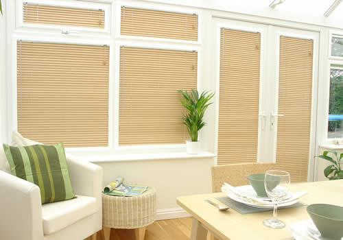 Perfect Fit venetians in Birch wood effect
