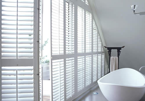 shaped shutters in west midlands -shaped-scraft21-mobile