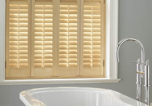 shutters-tier-natural-bathroom-mobile